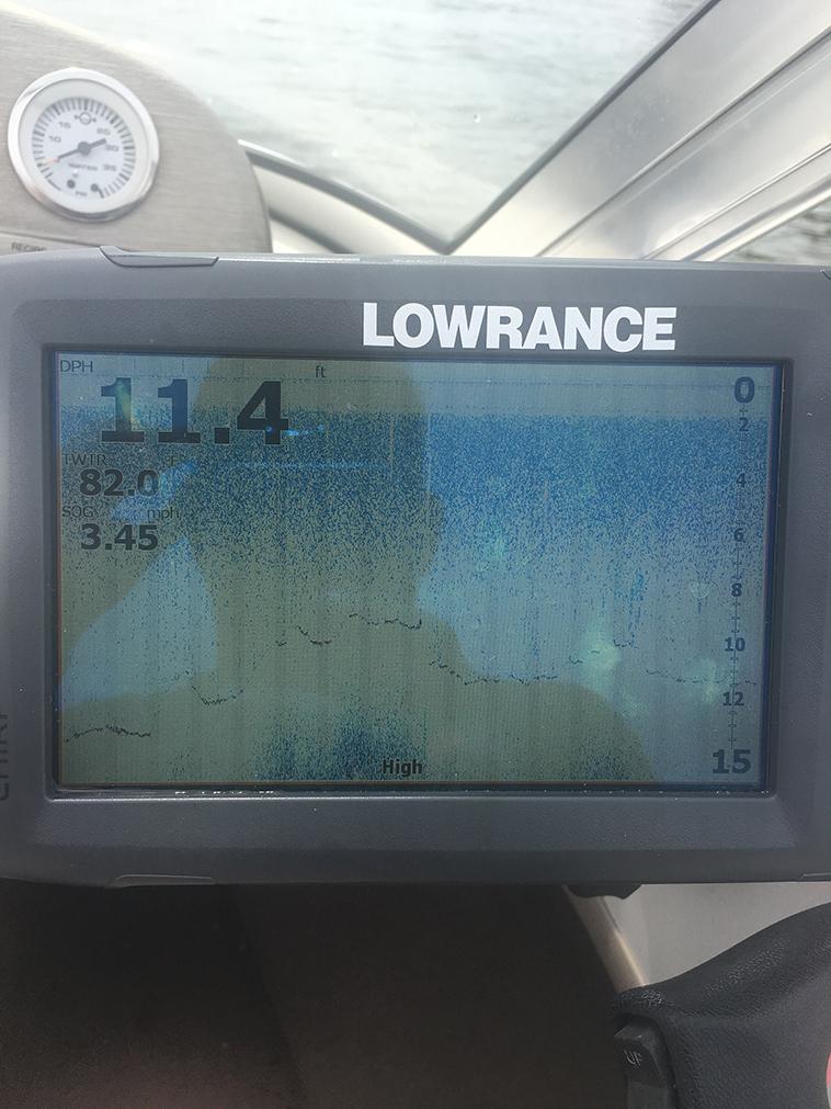 Lowrance Hook 7 Running